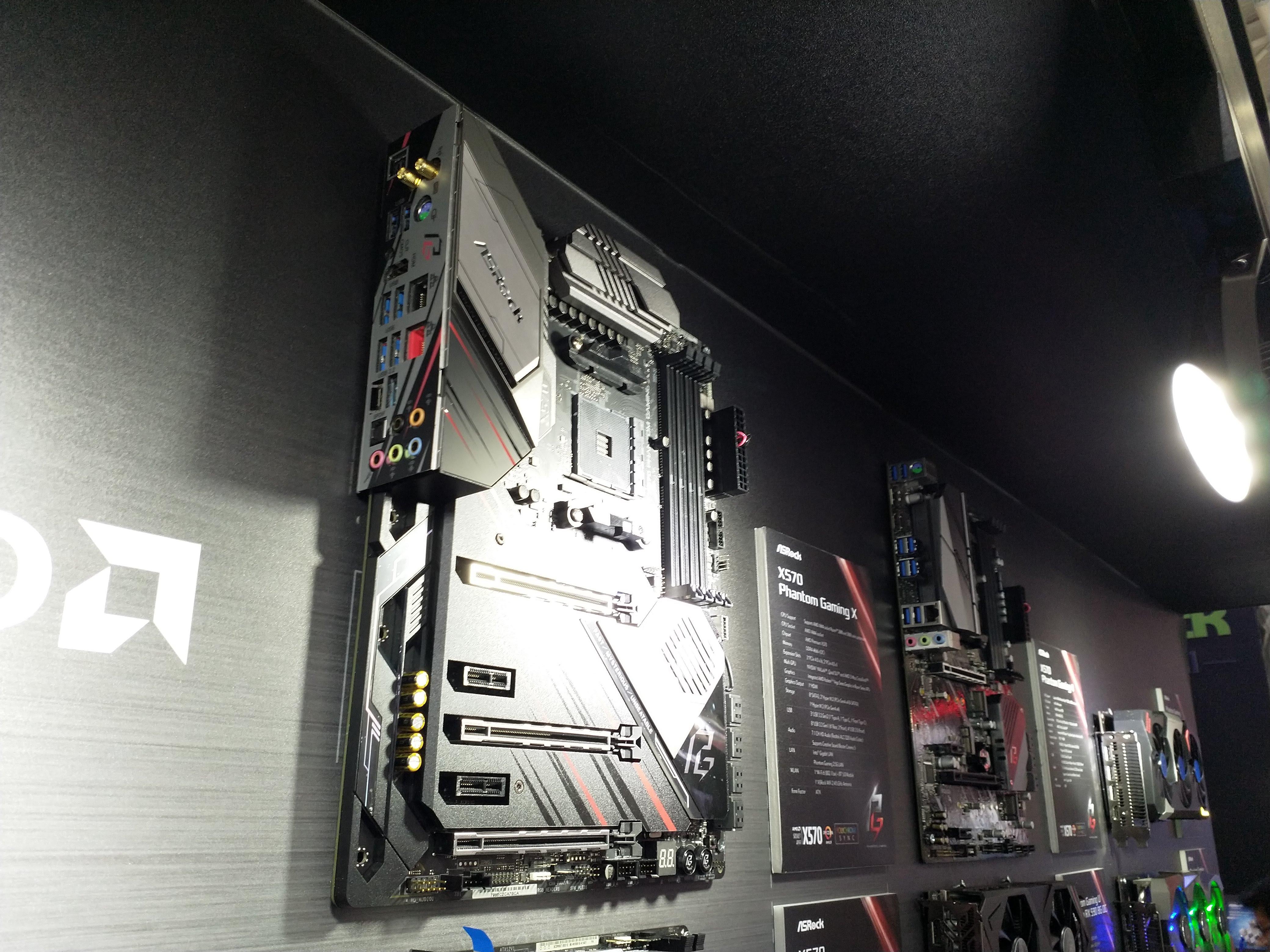 Asrock X570 Phantom Gaming X AdoredTV
